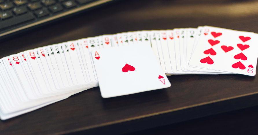 Липкие и нелипкие бонусы в мобильном казино: объяснение